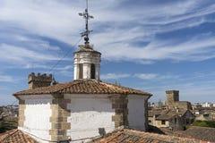 Красивый средневековый город Caceres в эстремадуре Стоковая Фотография RF