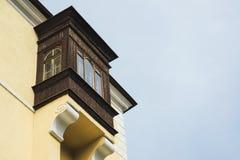 Красивый старый балкон на доме Стоковая Фотография RF
