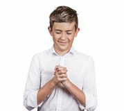 Красивый счастливый парень, делать подростка вызывает меня знаком жеста с рукой Стоковое Изображение RF