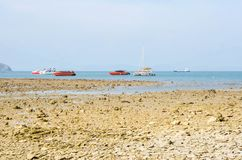 Красивый тропический пляж на Пхукете стоковые фотографии rf
