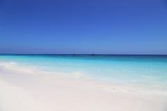 Красивый тропический пляж с белым песком, Таиланд Стоковая Фотография
