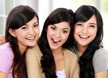 Красивый усмехаться подруги Стоковое Фото
