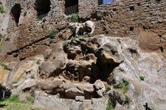 Красивый фонтан отличая статуей льва на верхней части, старом Cana Стоковое Фото