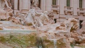 Красивый фонтан Trevi в Риме - известном ориентир ориентире стоковые фото