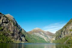 Красивый фьорд Geiranger в Норвегии Стоковое фото RF