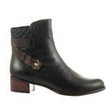 Красивый черный женский ботинок Стоковая Фотография