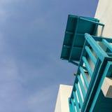 Красивый экстерьер здания архитектуры с santorini и стилем Греции Стоковая Фотография RF