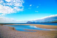 Красивый seascape на зоре стоковые изображения rf