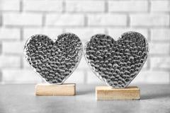 2 красивых декоративных сердца Стоковое Фото