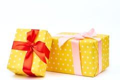 2 красивых подарочной коробки закрывают вверх Стоковые Фото