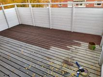 Красить пол балкона стоковая фотография