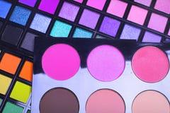 красит eyeshadows косметик различные профессиональным стоковая фотография