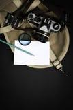Краска и чашка земного кофе Стоковые Фото