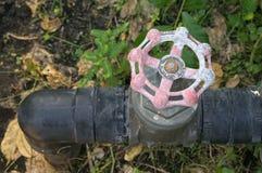 Краска старых и шелушения клапана воды Стоковые Фотографии RF