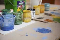 Краски и щетки Стоковые Фото
