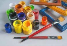 Краски, paintbrush и деревянные рамки Стоковое Изображение