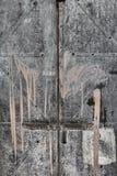 Краск-накапанная дверь металла стоковые изображения