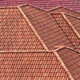 Красная ая черепицей крыша Стоковая Фотография RF