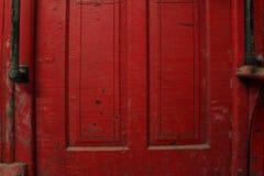 Красная дверь фуры стоковое изображение rf