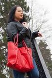 Красная женщина сумки стоковое фото
