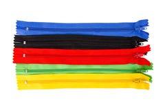 красная, зеленая, голубая, черная, желтая молния изолированная на белом backgro Стоковые Изображения