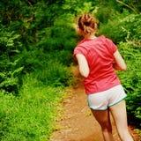красная идущая женщина стоковые изображения