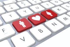 Красная кнопка влюбленности и пар в клавиатуре на конце вверх как онлайн концепция влюбленности Стоковые Фотографии RF