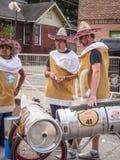 Красная команда импровизированной трибуны Bull в Sombreros Стоковое Изображение