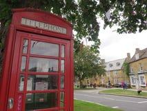 Красная коробка телефона Стоковые Фотографии RF