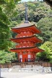 Красная пагода в виске Kiyomizu, Киото Стоковая Фотография