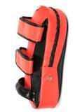 Красная пиная перчатка экрана удара на белой предпосылке Стоковые Фотографии RF
