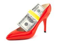 Красная пятка с деньгами бесплатная иллюстрация