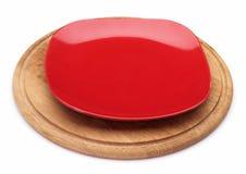 Красная плита десерта на деревянной доске Стоковые Фото
