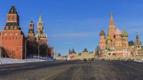 Красная площадь (Кремль и собор базилика St ) Москва, Россия Стоковые Изображения