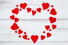 Красная рамка сердец с космосом текста, карточкой валентинки Стоковое Фото