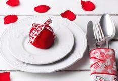 Красная роза дня валентинки Стоковые Изображения
