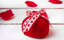 Красная роза дня валентинки Стоковые Фото