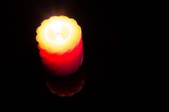 Красная свеча горения. Стоковая Фотография RF