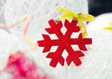 Красная снежинка Стоковые Фотографии RF
