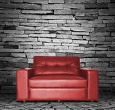 Красная софа Стоковая Фотография