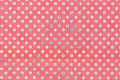 Красная текстура ткани с яркими кругами Стоковые Изображения RF