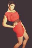Красная фотомодель платья стоковое фото rf