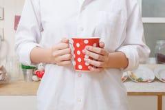 Красная чашка в наличии Стоковое Изображение