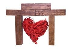 Красное декоративное сердце в доме Стоковые Фото
