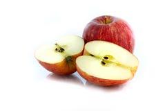 Красное изолированное яблоко Стоковые Изображения