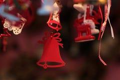 Красное Кристмас колоколы Стоковая Фотография