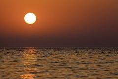 Красное небо в утре Стоковые Фото