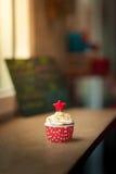 Красное пирожне бархата Стоковая Фотография