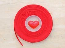 Красное сердце, предпосылка валентинки Стоковая Фотография RF