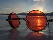 Красное солнце, голубой лед стоковые фотографии rf